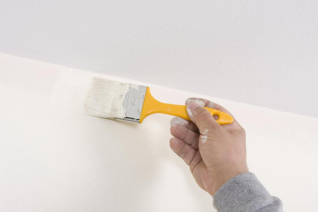 painting white the wall